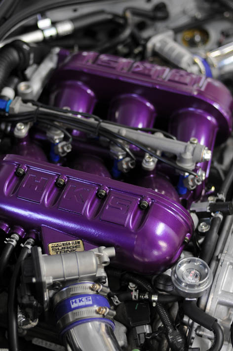 Nissan Skyline R35 GT-R HKS surge tank and Twin Injector Pro kit